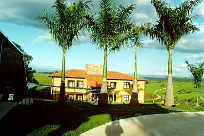 Veja mais detalhes do meio de hospedagem hotel fazenda horizonte belo